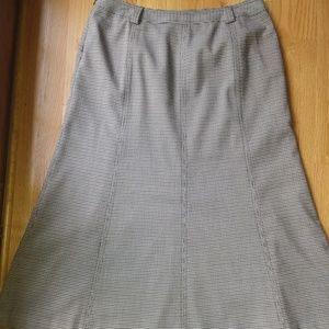 A-Line Maroon/Black Skirt